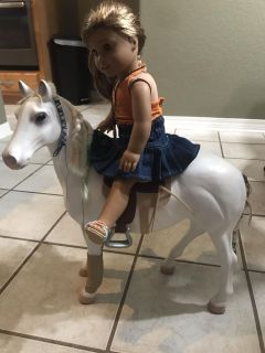 Horse that holds an American Girl Doll or My Generation Doll