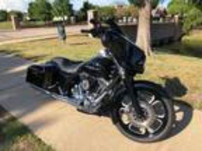 2010 Harley-Davidson Street Glide FLHX Road Bagger