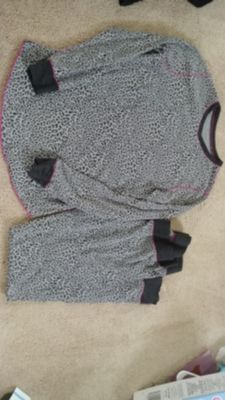 EUC Cuddl Duds Thermal Set Top & Pants MD