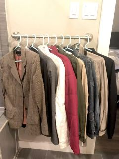 COATS AND BLAZERS (10 PIECES)