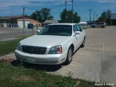 2002 Cadillac DeVille DHS (White Diamond)