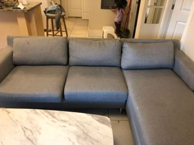 Comfy couch quick sale !