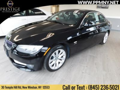 2011 BMW Integra 328i xDrive (Black Sapphire Metallic)