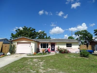 2 Bed 1 Bath Preforeclosure Property in Holiday, FL 34691 - Oxford Dr