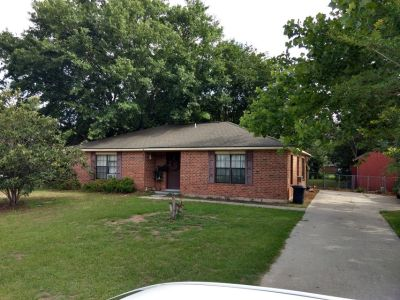 Fixer upper/assumption 3bed/2bath