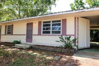 2BR/1BA Home with an extra lot in Lake Shore Estates!