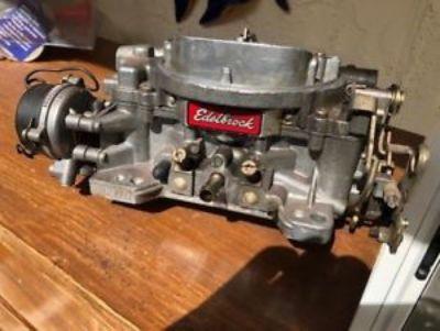 Edelbrock Performer Series Model 1405 600 CFM with Manual Ch