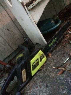 Electric chain saw and polesaw