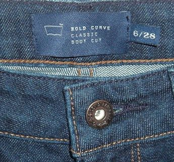 Womens 6 Levis BOLD CURVE Classic Boot Cut Jeans Tag 6 28 Measures 26x29 Dark Blue