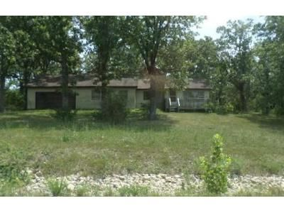 3 Bed 1 Bath Foreclosure Property in Owensville, MO 65066 - Highway 28