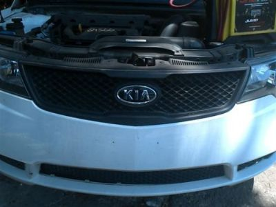 Buy 10 11 12 13 KIA FORTE GRILLE SDN UPPER LX 440342 motorcycle in Valrico, Florida, United States, for US $59.99