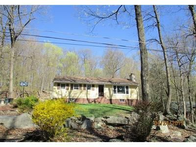 3 Bed 1 Bath Foreclosure Property in Sussex, NJ 07461 - Appleseed Rd