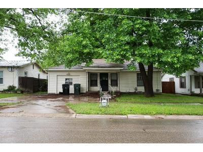 1 Bath Preforeclosure Property in Temple, TX 76504 - S 39th St