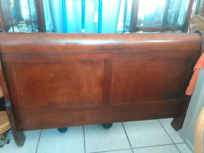 Sleigh Bed (Headboard and Footboard)