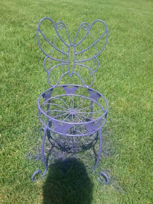 Butterfly plant stand. CROSS POSTED