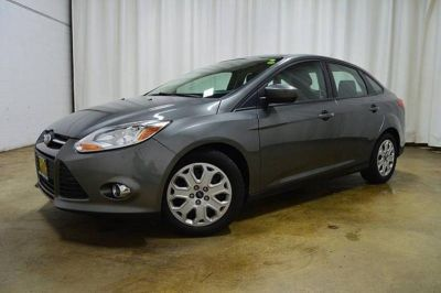 2012 Ford Focus S (Silver)