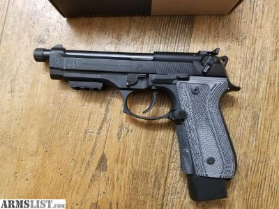 For Sale/Trade: Beretta 92f TONS of extras