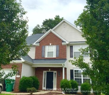 Looking for quiet and privacy but need convenience? Bird watching room, patio facing the woods, and low traffic circle! Centrally located – close to shopping and entertainment!