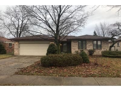 3 Bed 1 Bath Preforeclosure Property in Sterling Heights, MI 48310 - Lincolndale Dr