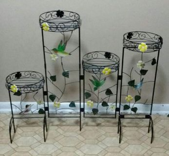 FOLDABLE PLANT STAND....EXCELLENT CONDITION