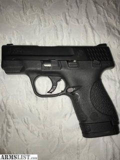 For Sale: Smith M&P 9 Like New