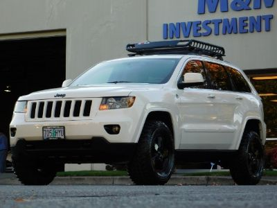 2011 Jeep Grand Cherokee Laredo (Stone White Clear Coat)