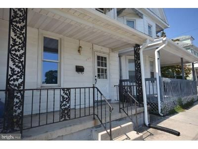 2 Bed 1 Bath Foreclosure Property in Hanover, PA 17331 - Mcallister St