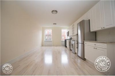 Beautiful, No Fee, 2 Bedroom Apt