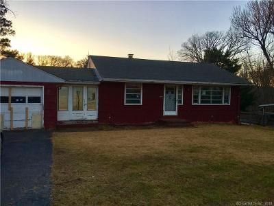2 Bed 1 Bath Foreclosure Property in Southington, CT 06489 - West St