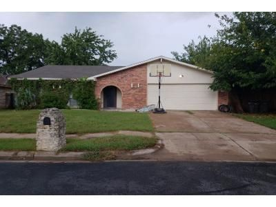 4 Bed 2 Bath Preforeclosure Property in Fort Worth, TX 76137 - Hawthorn Ln