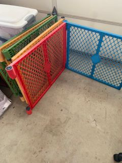 8 pieces Play Yard