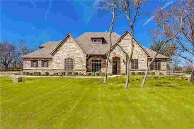 158 Top Flight Drive Weatherford Four BR, Beautiful home located