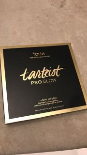 Tatted tarteist pro glow highlight & contour palette