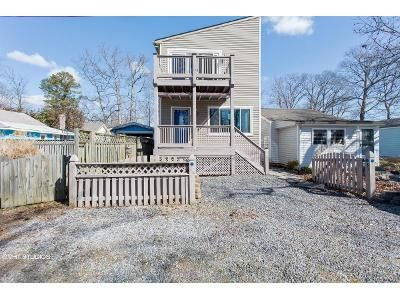 3 Bed 3 Bath Foreclosure Property in North Beach, MD 20714 - Beach Ave