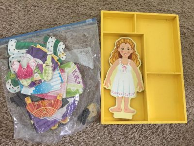 Magnetic doll and clothes