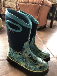 Girls Bogs Rain and Snow Boots Size 2