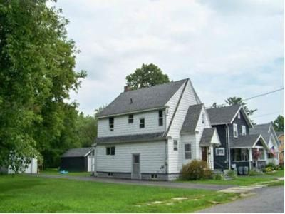 3 Bed 1 Bath Foreclosure Property in Johnstown, NY 12095 - Parkwood Ave