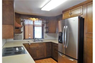 Spacious 3 bedroom home in the heart of Morgantown.