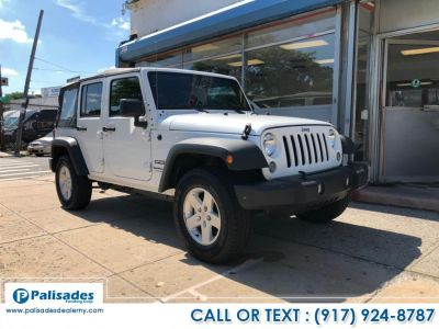 2018 Jeep Wrangler JK Unlimited Willys Wheeler 4x4 (White)