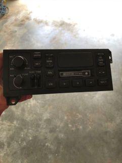 1996 - 2002 Dodge Radio