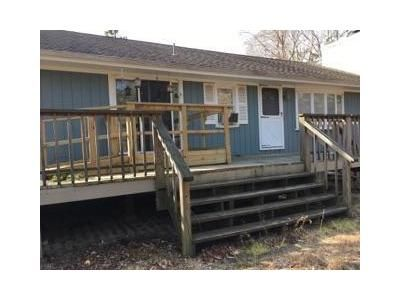 3 Bed 1 Bath Foreclosure Property in West Wareham, MA 02576 - Fearing Hill Rd