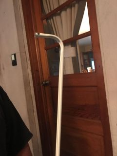 Expandable curtain rod 46 to 76