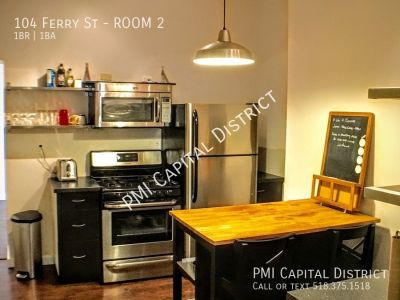 Room for Rent in Modern 3 Bedroom Apartment.