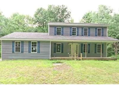 4 Bed 2.5 Bath Foreclosure Property in Castleton On Hudson, NY 12033 - S Schodack Rd