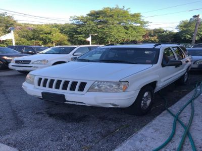 2004 Jeep Grand Cherokee Special Edition (White)