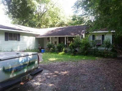 Big House for RENT in Beaumont! 6BD/3BH 2,560 sq f