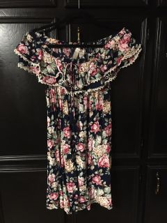 Crinkle Tunic dress can be worn off the shoulder ruffle accent and cute tie