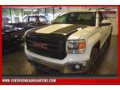 $24988.00 2015 GMC Sierra with 122532 miles!
