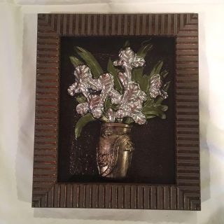 Picture of silver metal flowers