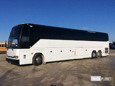 1999 Prevost H3-45 Bus